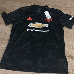 Men's Adidas Manchester United soccer jersey L